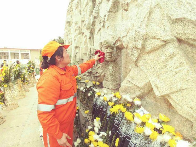 """合肥鸿鹤物业管理有限公司与庐阳区工商联共同举办""""手拉手共成长""""缅怀"""